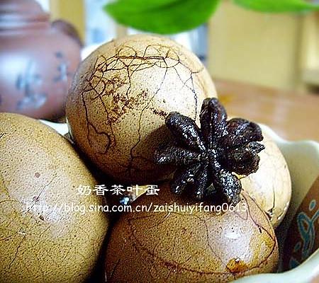 如何用电饭煲煮出好吃的茶叶蛋------奶香茶叶蛋的做法