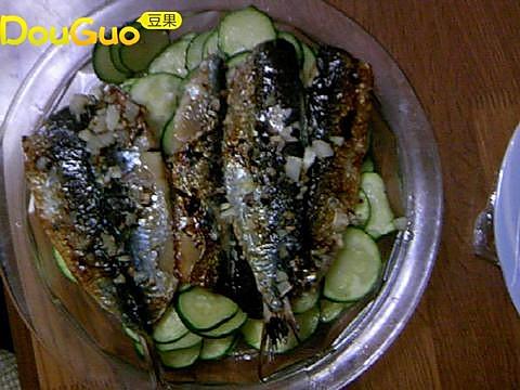 鰯鱼烤小南瓜的做法
