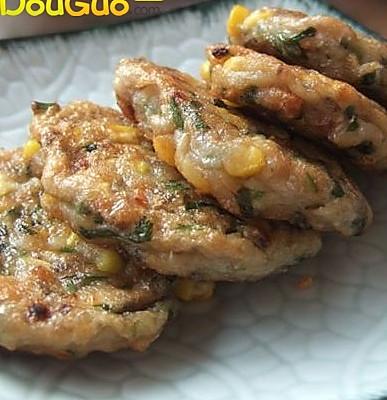 甘香黄金鲮鱼饼的做法