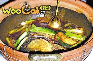 姜葱煀鲤鱼的做法