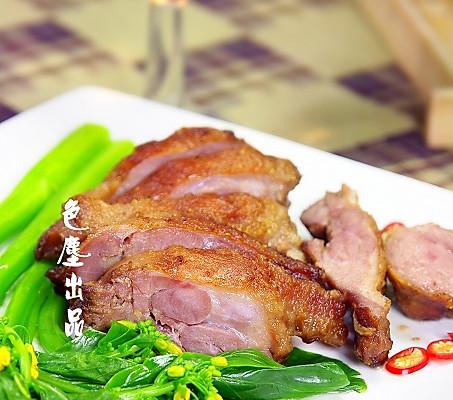 香煎鸭腿肉的做法