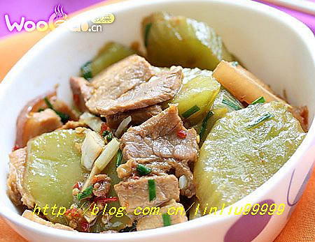 五花肉辣酥莴笋的做法