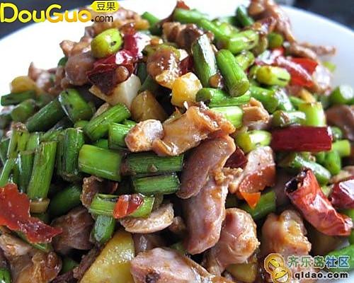 酸辣蒜苔鸡肫——户外美食的做法