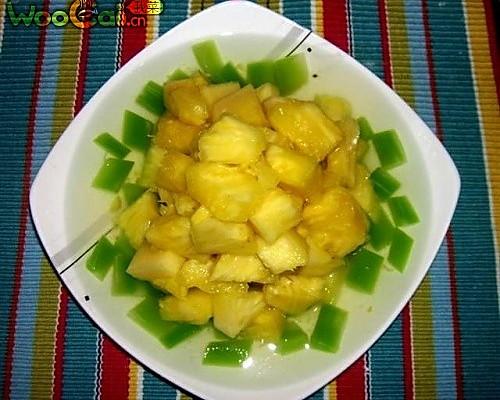 菠萝莴笋的做法