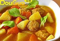 香味浓郁的咖喱肉丸汤的做法