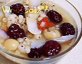 莲枣薏仁粥的做法