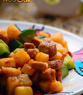 家常土豆三丁的做法