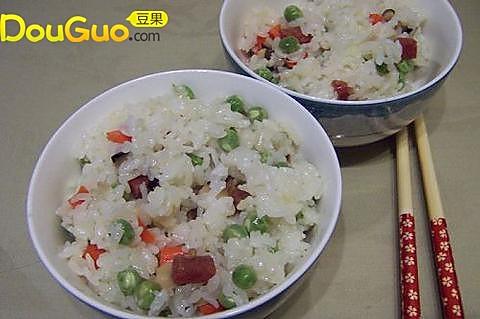 菇香豆焖饭的做法
