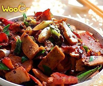 红油豆干炒腊肉的做法