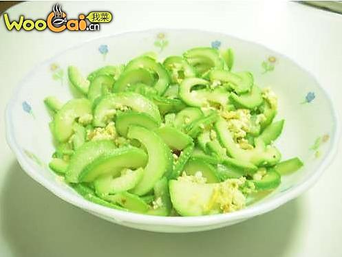 时令小炒:西葫芦炒鸡蛋 的做法
