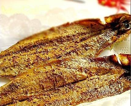 十分钟速成香烤辣味秋刀鱼——户外美食的做法