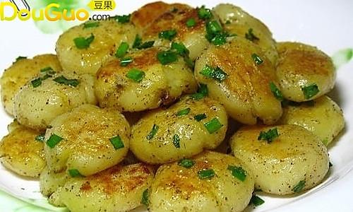 煎小土豆饼的做法