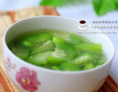 毛豆丝瓜汤:一款清凉的汤