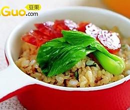 广东腊味糙米煲仔饭的做法