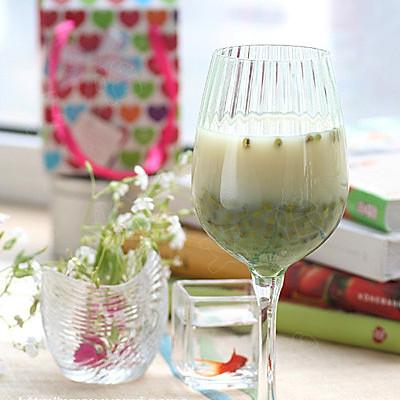 蜜爽绿豆奶茶的做法