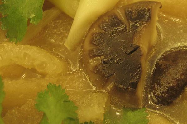 浮皮冬菇汤的做法