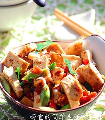 地道的湘菜小炒豆干的做法