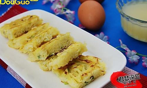 外酥里嫩----煎土豆丝饼  的做法