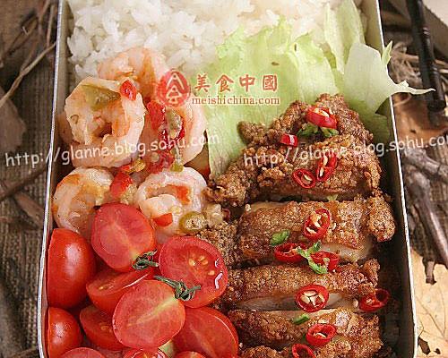 自制午餐——蒜香鸡排饭盒的做法