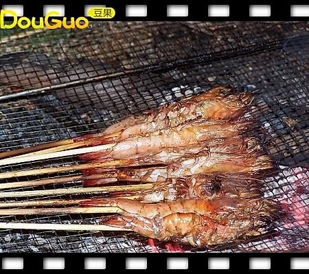 户外小菜户外烤虾─户外美食的做法