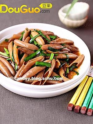男人美食:韭菜炒海肠