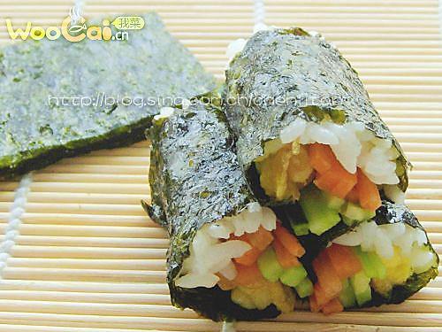 韩国美食 海苔包饭的做法