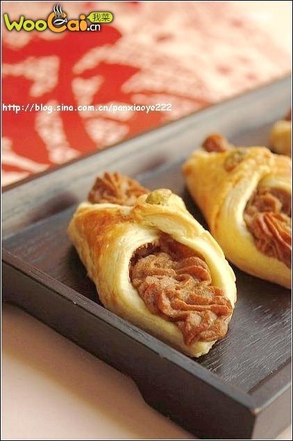美丽厨娘-锦衣玉带-红糖芋头酥的做法