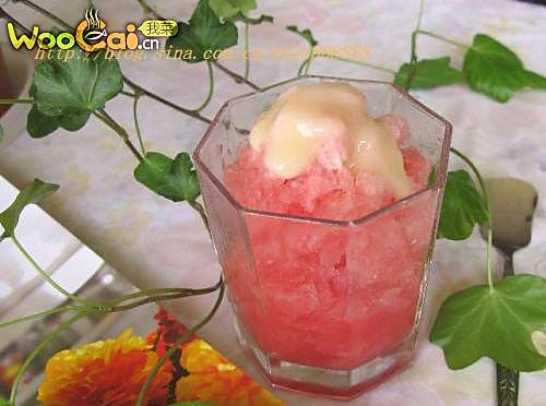 夏季冰品——西瓜砂冰的做法