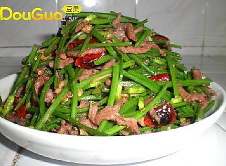 韭苔牛柳的做法