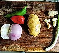 酸辣洋葱土豆丝的做法图解1