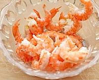 水果虾仁油条沙拉的做法图解3