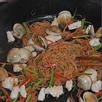 海鲜炒米粉的做法图解8