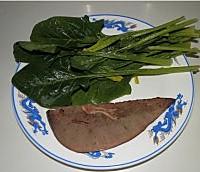 菠菜猪肝粥的做法图解2