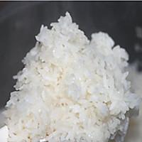 清香糯米饭的做法图解1