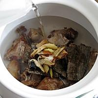 杜仲黑豆排骨汤的做法图解8