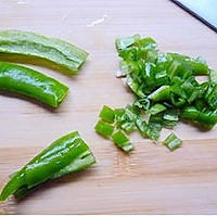 辣椒疙瘩的做法图解1