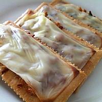 干酪肉松梳打饼的做法图解4