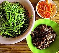 芹菜炒猪肝的做法图解2
