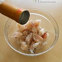鱼粮满仓的健康沙拉 —— 添加营养黄金的麦香鳕鱼杏仁沙拉的做法图解2