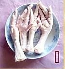 花生眉豆煲鸡脚的做法图解1