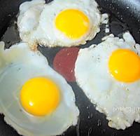 酒酿荷包蛋的做法图解2
