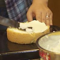 奶油蛋糕简易抹平方法的做法图解2