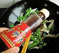 荷兰豆炒魔芋的做法图解11