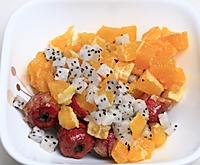 糖葫芦水果沙拉的做法图解4