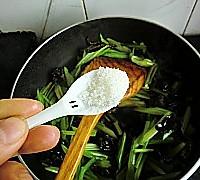芹菜炒腰花的做法图解17