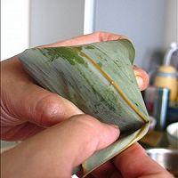 嗜肉族最爱的【咸蛋黄五花肉粽】的做法图解17