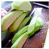 丝瓜猪肝瘦肉汤的做法图解5